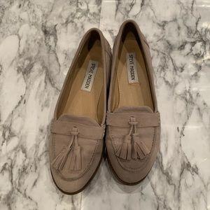 Steve Madden Slip On Loafers Tassel Detail Cream